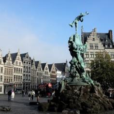 Anvers-Grand-Place-Grote Markt-fontaine-Brabo-centre historique-Historisch Centrum
