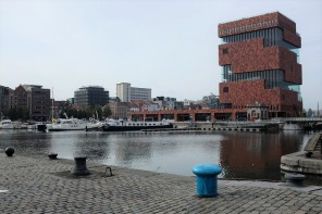 Anvers-Eilandje-docks-MAS