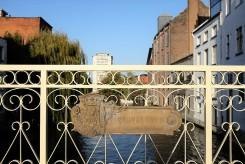 Sur un pont dans le quartier Patershol