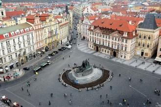 La place de la vieille ville de Prague vue du ciel