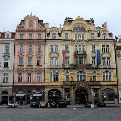 La place de la vieille ville de Prague