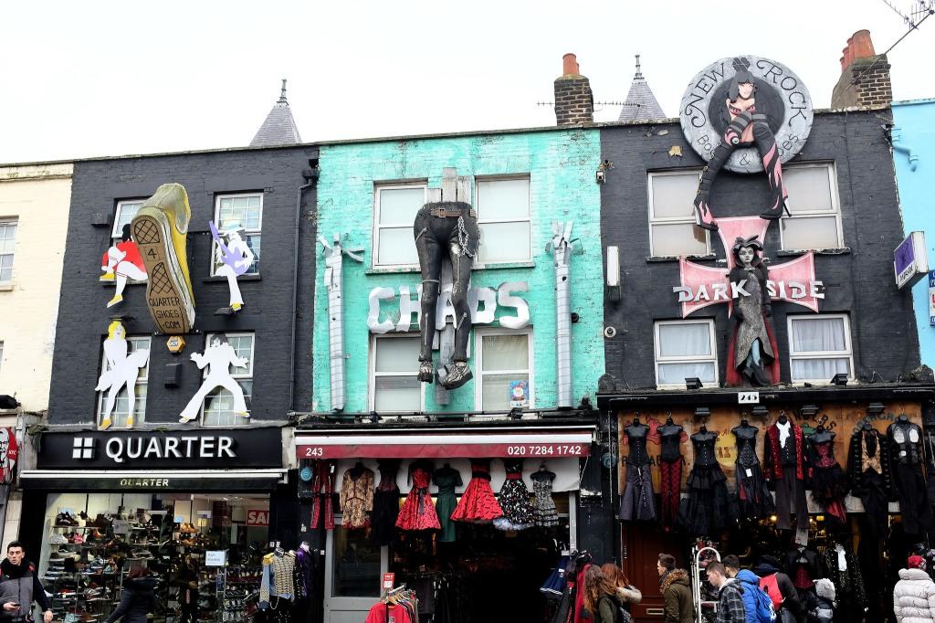 Londres-Camden-town-market-punk