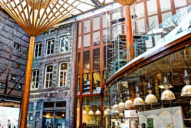 Maastricht-mosae-forum-centre-commercial-shopping