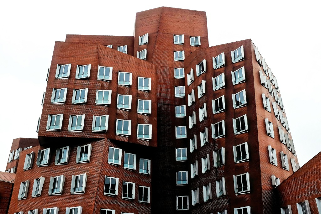 Düsseldorf Neuer Zollhof MedienHafen Franck Gehry buildings architecture