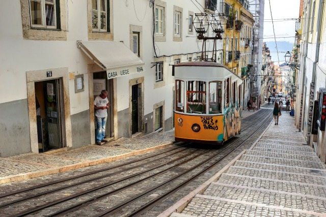 Elevador da Bica, un funiculaire de Lisbonne