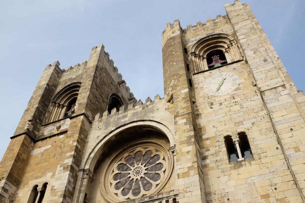Lisbonne-cathédrale-Sé-église-Alfama-Graça