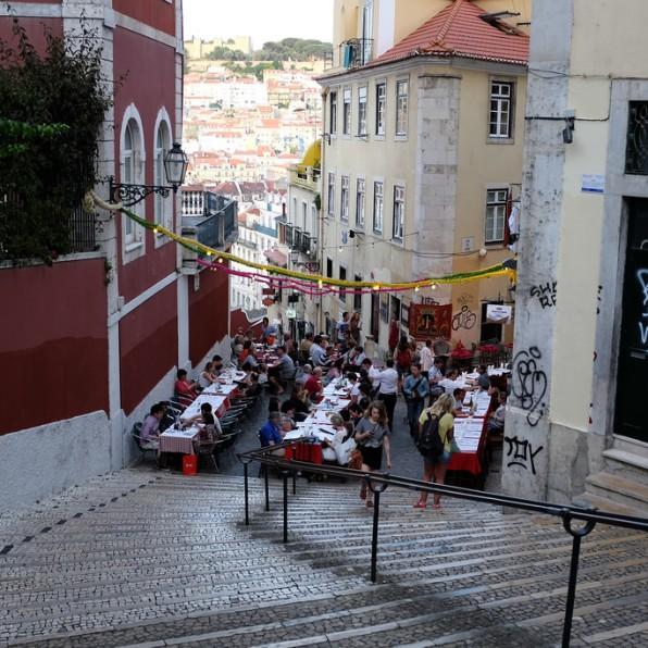 Lisbonne-Bairro Alto-ruelle-ambiance