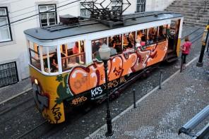 Lisbonne-Elevador-Glória-funiculaire-Bairro Alto-Baixa