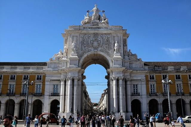 Lisbonne-place du commerce-Baixa
