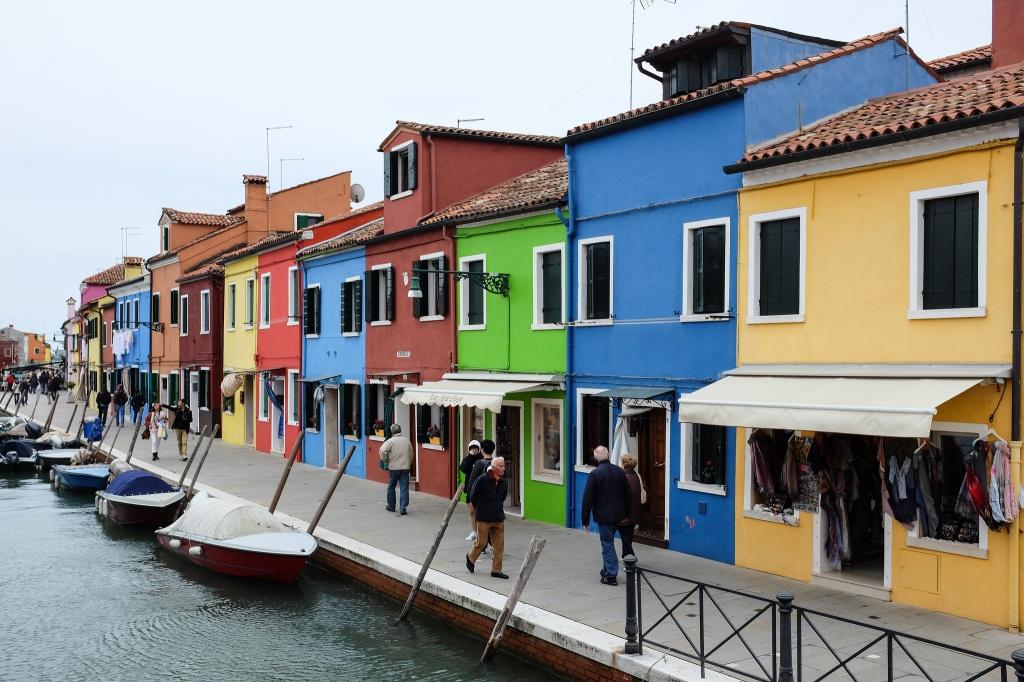 Burano-Venise-lagune-maisons-colorées