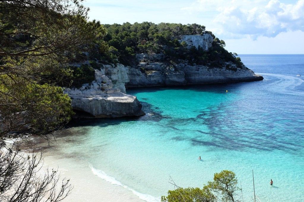 Cala-Mitjana-Mitjaneta-plage-sud-sable