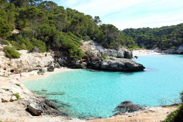 Cala-Mitjaneta-Mitjana-plage-sud-sable