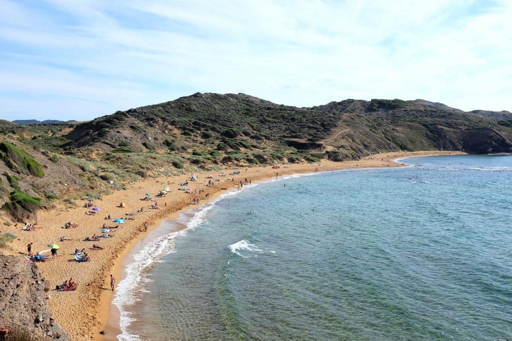 Cavalleria-Minorque-plage-côte-nord-falaises-sable