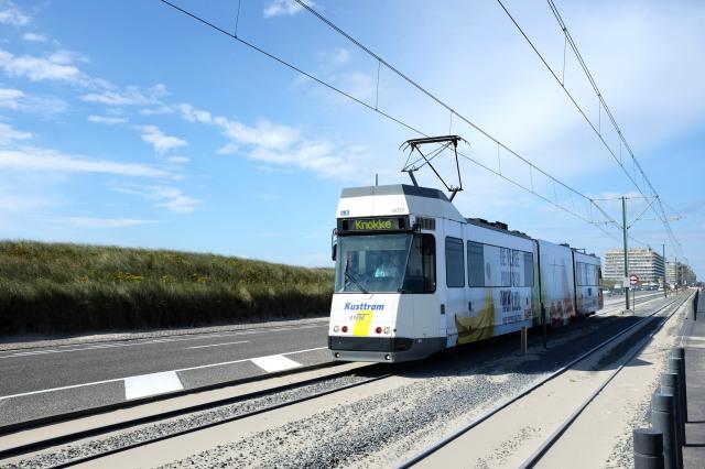 Kusttram-Tramway-Ostende-littoral-côte-belge-La Panne-Middlekerk