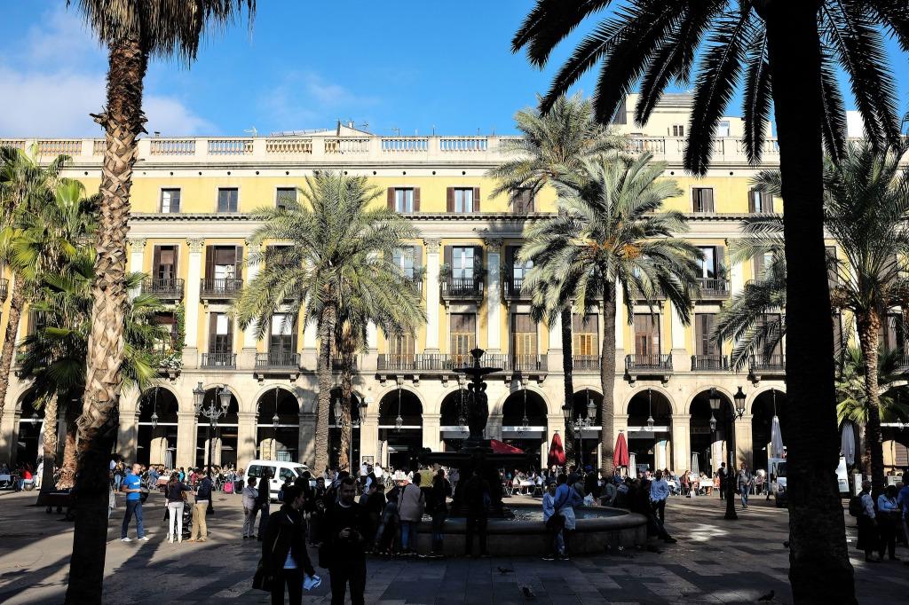 Barcelone-Plaça Reial-Rambla-vieille ville