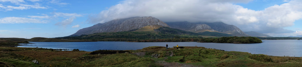 inagh-valley-lough-connemara