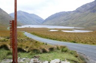 Irlande-comté de Mayo-Doo Lough Valley-Leenane-route-montagne-lac-paysage