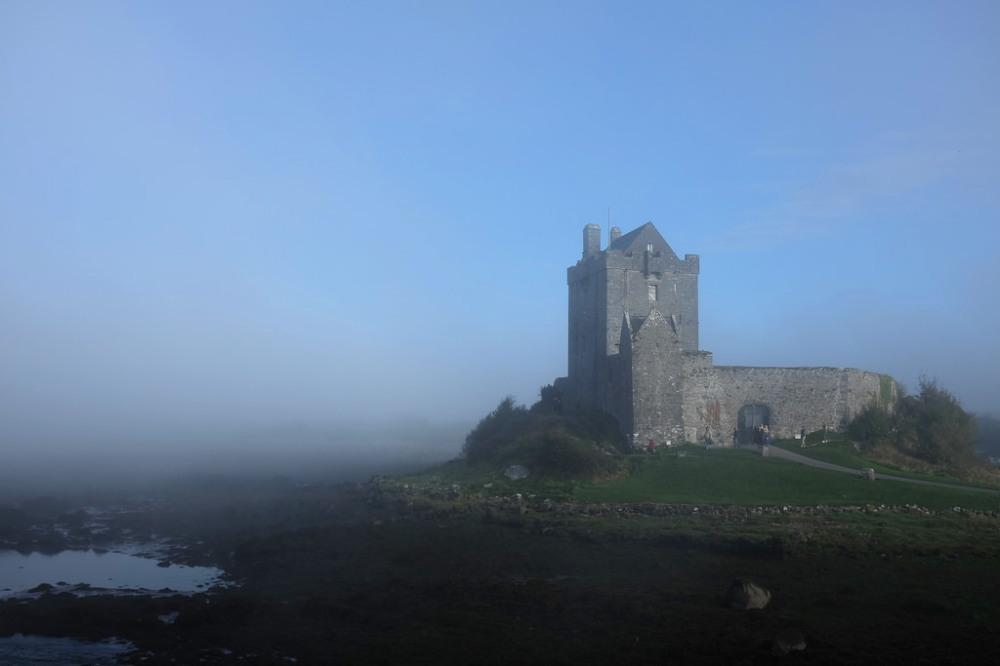 kinvara-dunguaire-castle-ireland