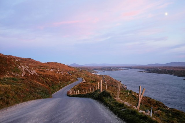 sky-road-sunset-clifden
