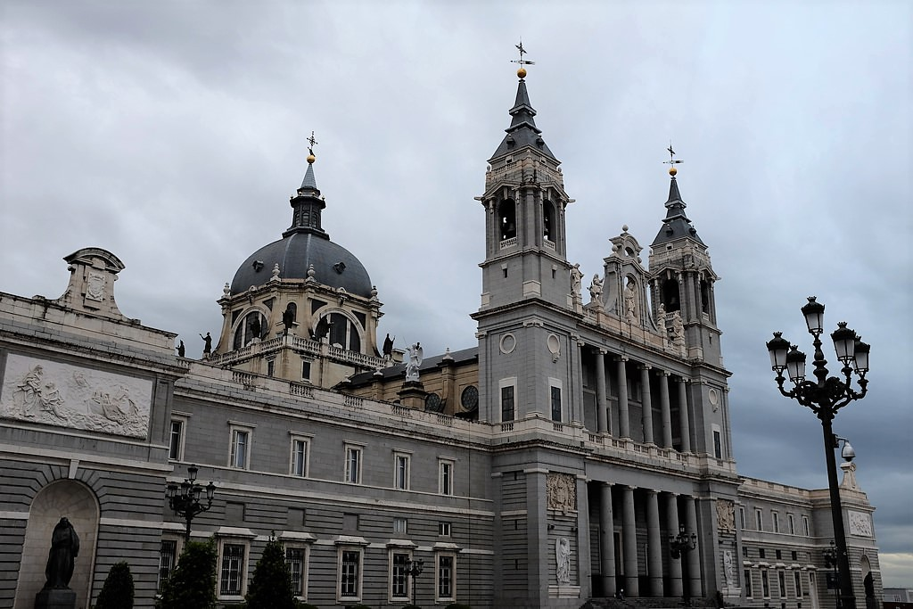 madrid-cathedral-almudena