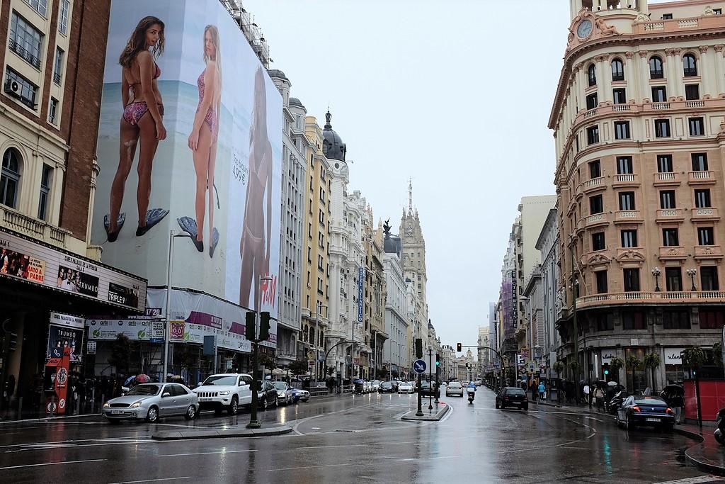madrid-gran-via-street