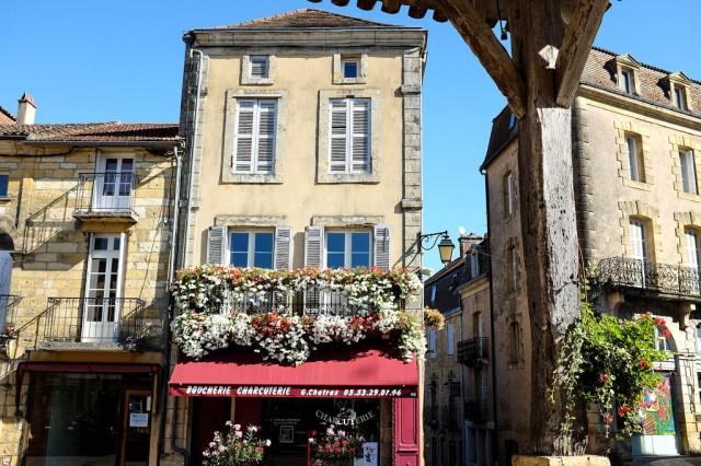Belves Dordogne Perigord