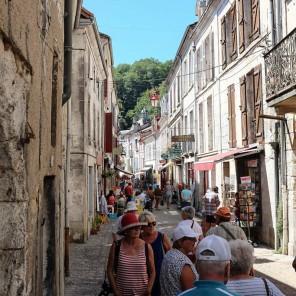 Au cœur du Périgord Vert, la jolie ville de Brantôme