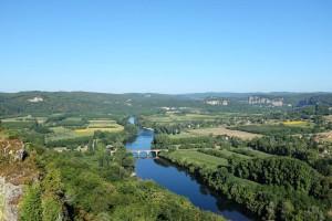 Domme offre un panorama exceptionnel sur la vallée de la Dordogne