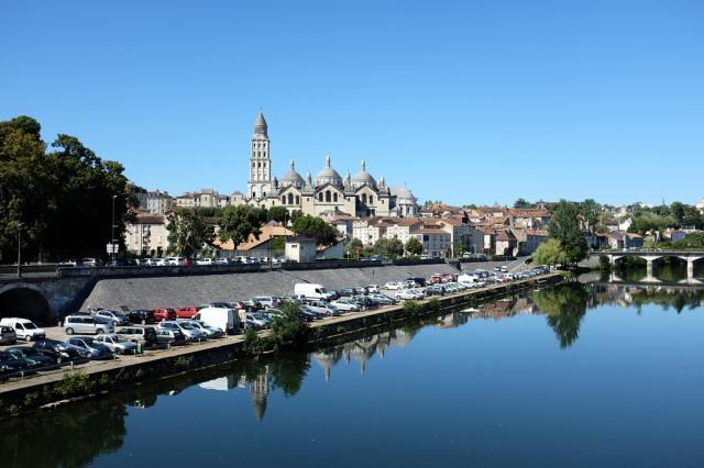Vue sur la magnifique cathédrale Saint-Front de Périgueux
