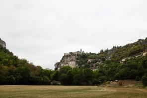 Rocamadour est un village accroché à une falaise