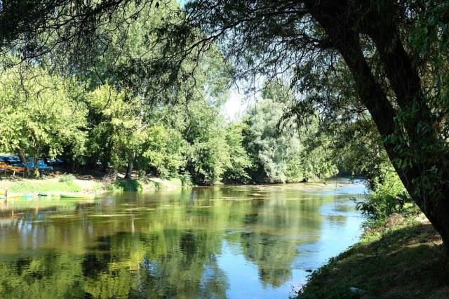 Au bord de la vézère, Saint-Léon coule des jours tranquilles