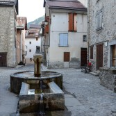 le village fortifié de Colmars-les-Alpes dans le Haut-Verdon