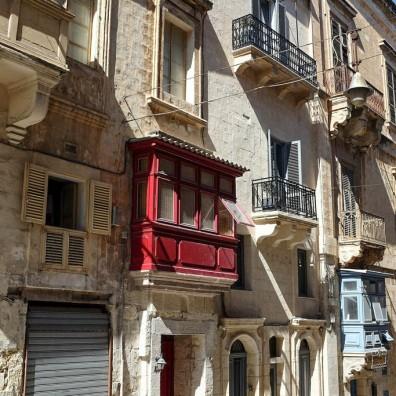 Un balcon rouge de La Valette