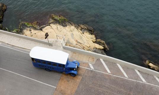 Un bus ancien sur l'île de Malte