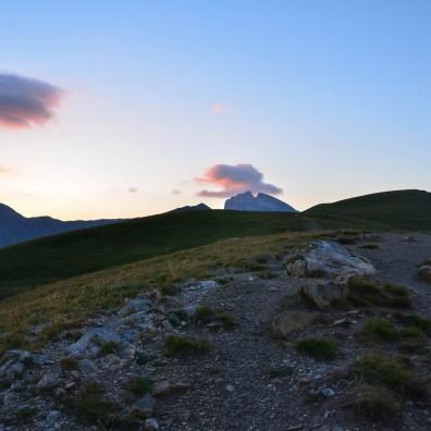 Un coucher de soleil depuis le col d'Allos dans le Haut-Verdon