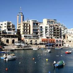 Spinola Bay à St Julian's