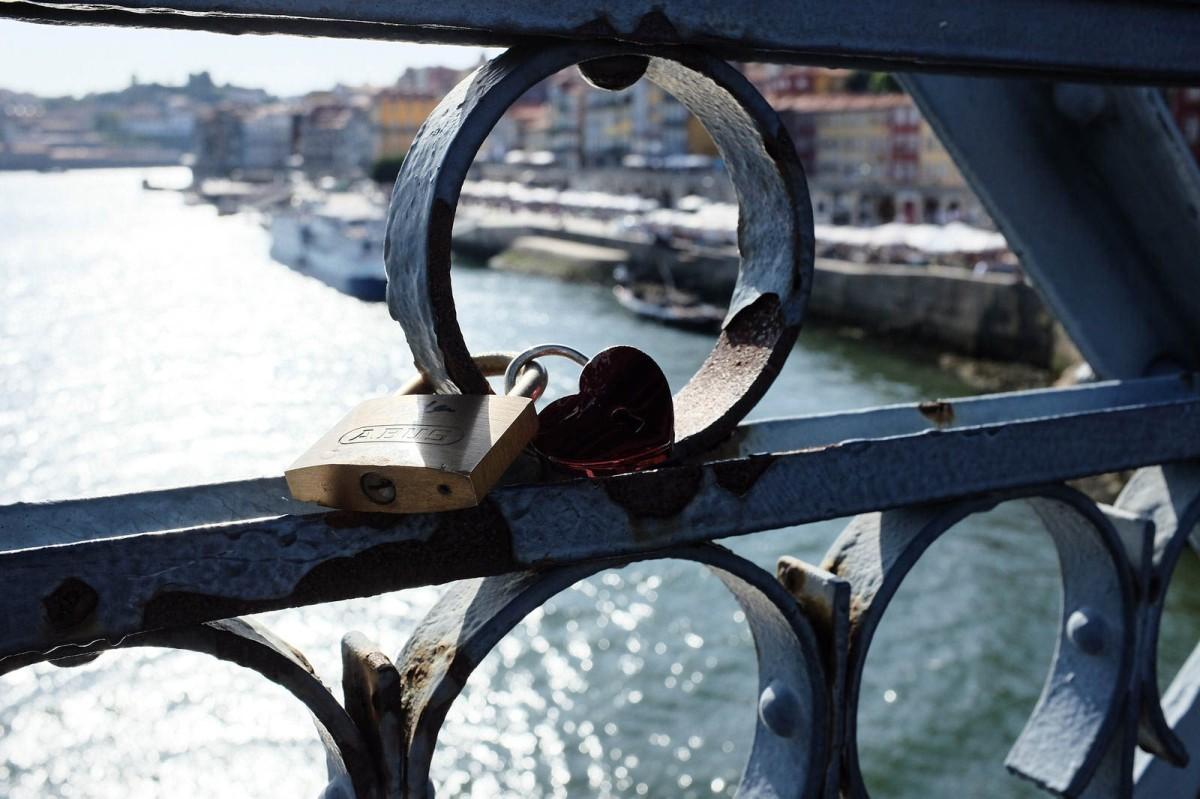 Porto love lock