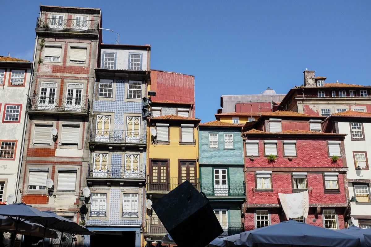 Porto Ribeira colorful houses