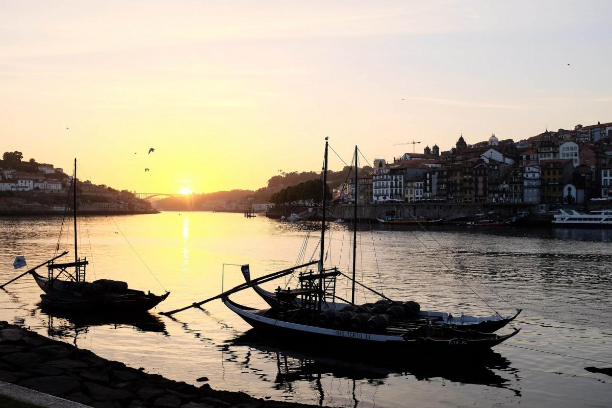 Porto sunset Douro