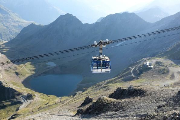 La cabine de téléphérique du Pic du Midi dans les Pyrénées