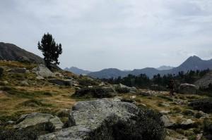 Les paysages de la vallée d'Aure dans les Pyrénées pendant la randonnée des lacs de Bastan