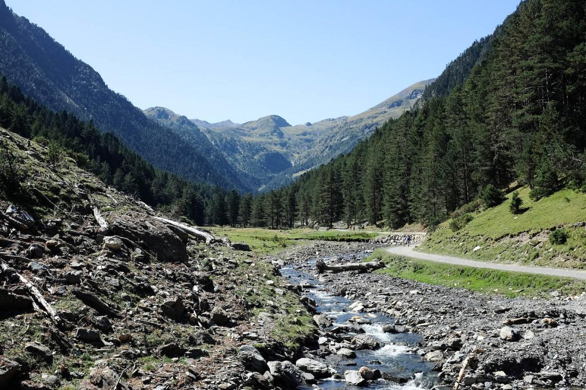 pyrenees vallee rioumajou