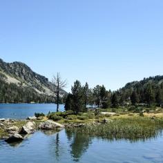 Le lac d'Aumar est un lac des Pyrénées françaises situé à une altitude de 2 192 mètres