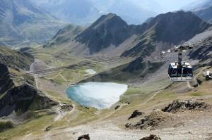 Le téléphérique du Pic du Midi offre un panorama superbe sur les Pyrénées