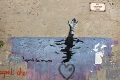 Graffiti sur un mur du centre de Arles