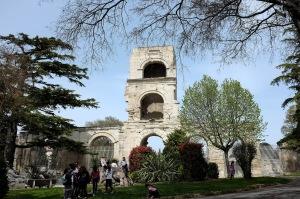 Un monument historique dans le centre de Arles
