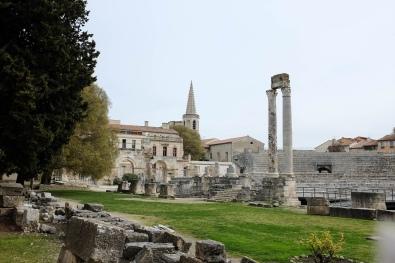 Le théâtre antique de Arles, vestige du passé