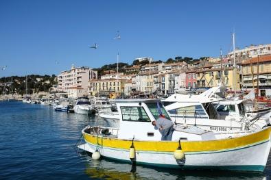 Le port de Cassis et ses couleurs