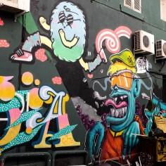 Les sublimes graffitis du Cours Julien de Marseille, haut lieu du Street Art et de la culture urbaine