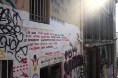 On écrit sur les murs de Marseille pour dire ce que l'on a sur le cœur